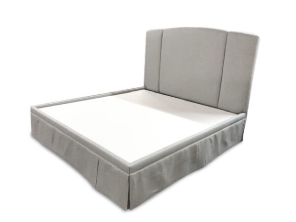 Casita Millie bed with skirt